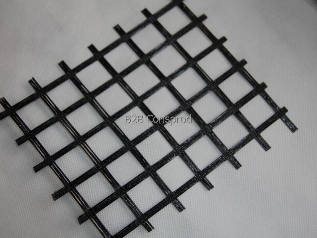 Geogrid for Reinforcing Asphaltic Structures